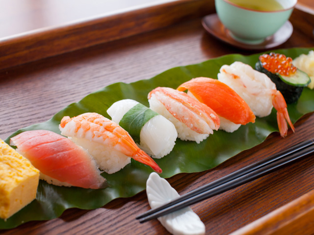 7popular_kinds_of_sushi