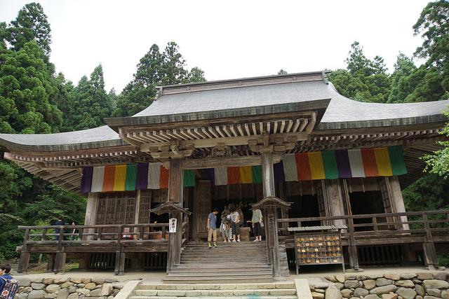 risshakuji-temple-in-yamagata